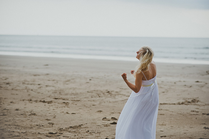 beach wedding Cornwall (37)